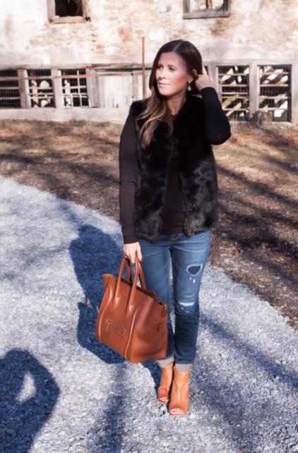 TNG.faux fur vest