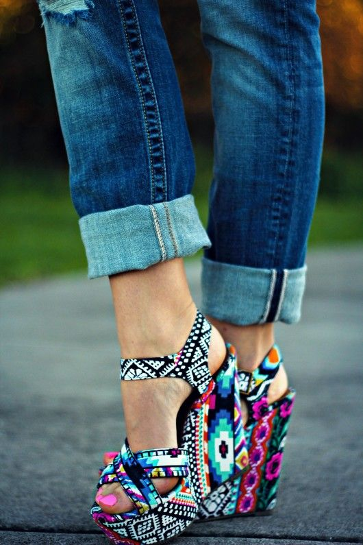 steve madden.tribal wedges